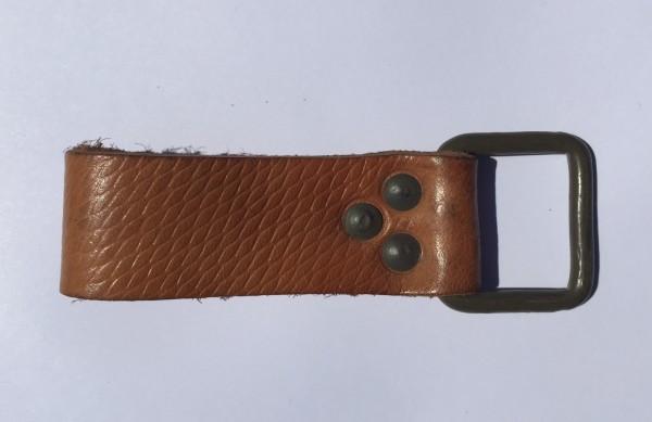 Supporto universale / cinghietta in pelle con fibbia metallica/asola
