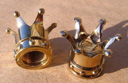 Tappi a corona (crown) per valvola, dorati